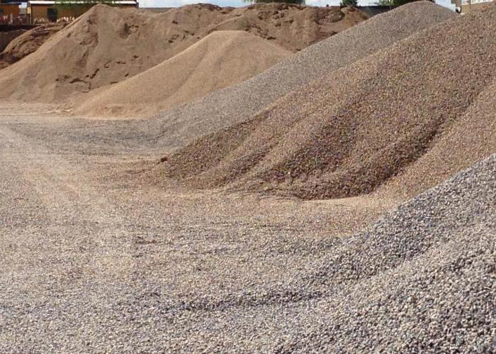 Пгс природного происхождения востребована для ремонта дорожного покрытия, в частности для верхнего слоя дорог, для дренажного слоя.