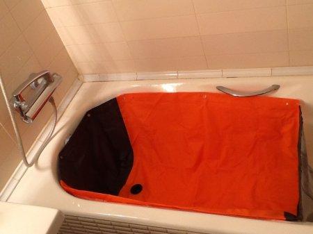 Коврик для мытья собаки в ванной